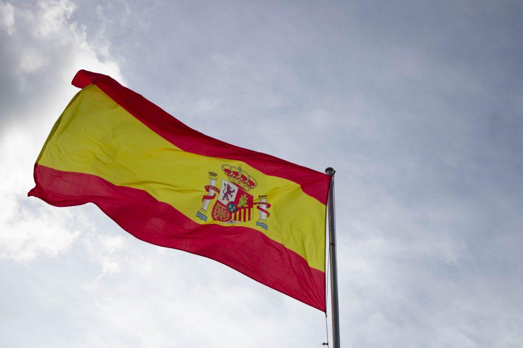 foto bandera españa ondeando