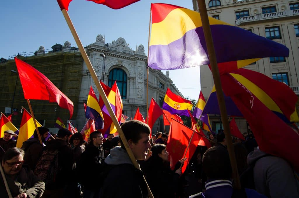 manifestacion bandera republicana